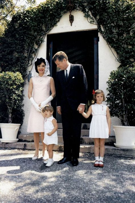 Photo of These Photos Give an Inside Look at the Kennedys