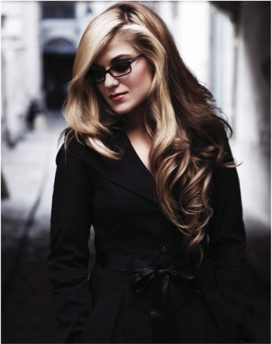 Melody Gardot -- an incredibly talented singer who has overcome horrific adversity and emerged a true artist.