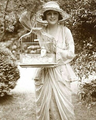 Lucy Christiana Lady Duff Gordon Was A Leading British Fashion Designer In The Late 19th And Early 20th Century Lady Duff Gordon The Duff British Style