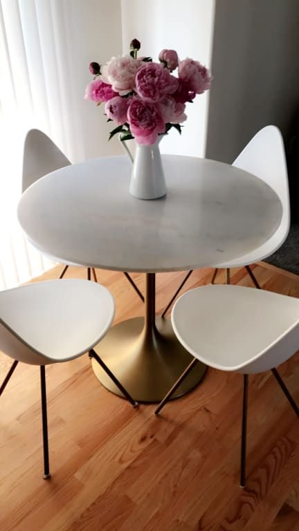 Image Tulip Dining Table, Round Table Promosi