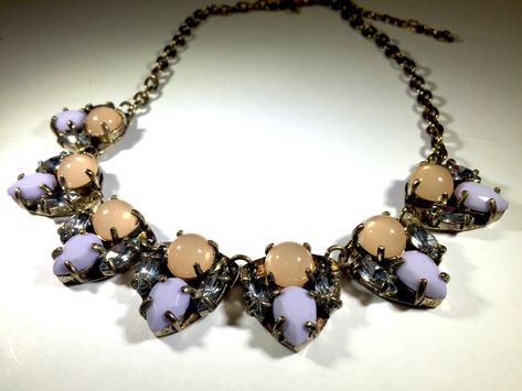 #Vivi #cookielee #fashionjewelry #necklaces #statementnecklaces #lavender #peach #springjewelry