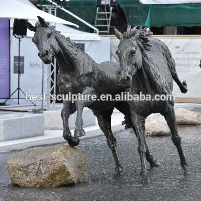 Strong Life Size Bronze Running Horse Statue Pool Sculpture For Sale Find Complete Details About Strong Life Size Bronze Horse Sculpture Pretty Horses Horses