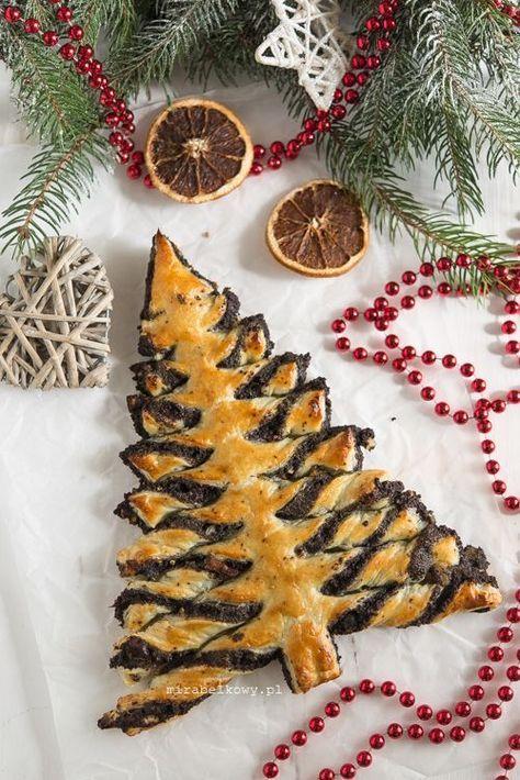 Choinka Makowa To Pomysl Na Blyskawiczny I Efektowny Makowiec Ktory Moze Byc Oryginalna Dekoracja Swiatec Christmas Food Christmas Baking Christmas Appetizers
