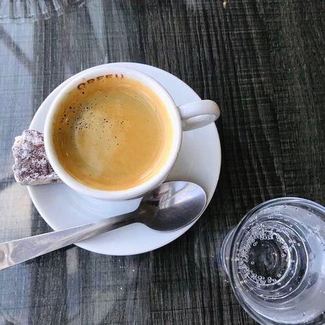"🏡 𝑀𝑎𝑟𝑦 🐼 (@rosimarysd) posted on Instagram: ""dos ☕️ da vida 💕 . . #macapa #macapá #café #amamoscafe #fotorespiro #cafe #brasil"" • Nov 24, 2020 at 4:29pm UTC"