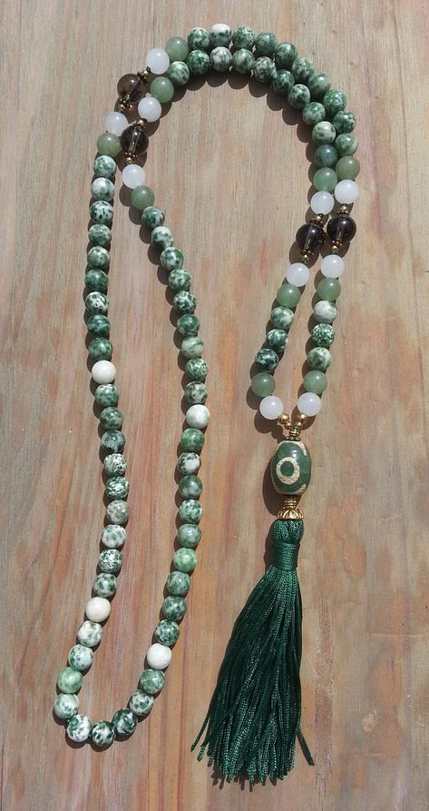collier perle mala
