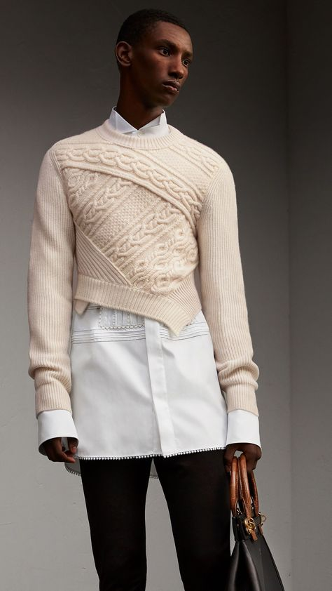 Men's Diagonal Cable Knit Cashmere Wool Cropped Sweater Natural White | Burberry #MensFashionSweater