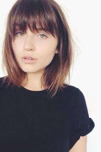 The Best Short Haircuts Of 2017 So Far Medium Length Hair With Bangs Medium Hair Styles Hair Styles