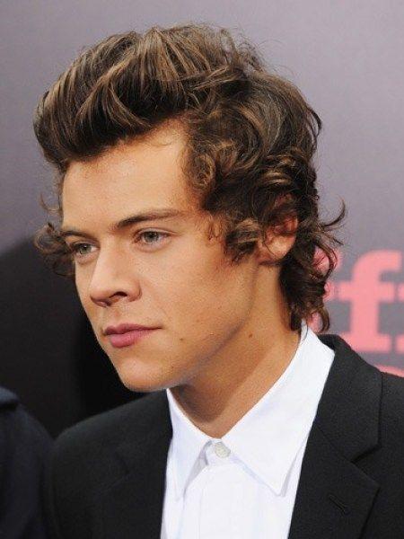 Harry Styles Frisuren Zum Ausprobieren Im Jahr 2019 Frisuren Madame Frisur Ausprobieren F In 2020 Harry Styles Hair Harry Styles Face Harry Styles Long Hair