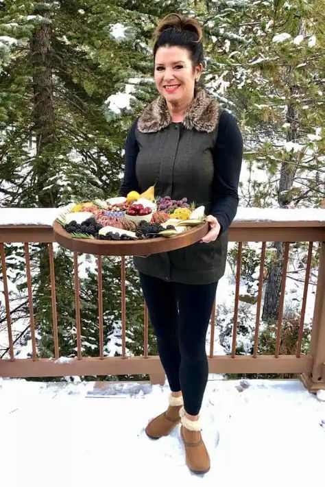 Make this Winter Rustic Charcuterie Board and enjoy with your holiday guests! #charcuterieboard #wintercharcuterie #rusticcharcuterie #reluctantentertainer