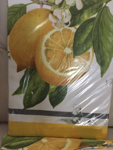 Williams Sonoma Meyer Lemon Tablecloth 70x90 034 Bees Yellow New