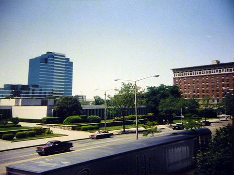 Monroe Ave, just after the completion of Bridgewater Place - 1992