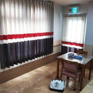 介護施設にpopなカーテン 画像あり カーテン 模様替え