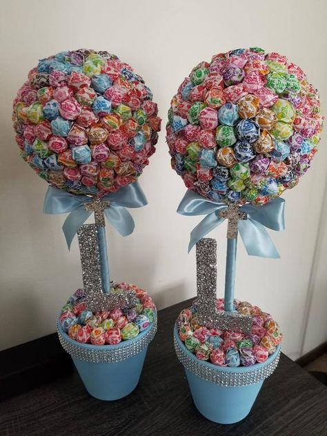 Need a GREAT Centerpiece for your next religious event or to add an extra touch to a candy station at your next event? There is no better way to add that WOW factor than this beautiful dum dum topiary! *Please provide base and ribbon color choice at checkout* *** Tulle bow, Rhinestones, and