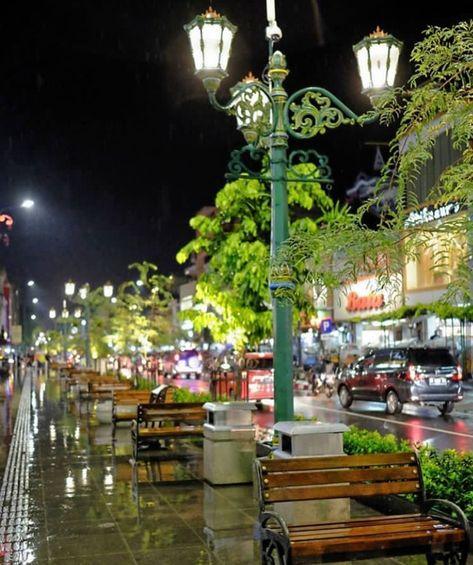 Sudut Jogja Bercerita Melalui Lampu Kotanya Di 2020 Lampu Kota Tempat