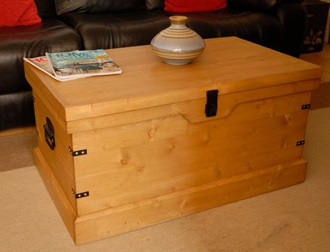 A Rustic Pine Wooden Trunk Great Storage Solution For The Bedroom Office Lounge Or Conservato Wooden Trunk Coffee Table Wooden Chest Blanket Box Coffee Table