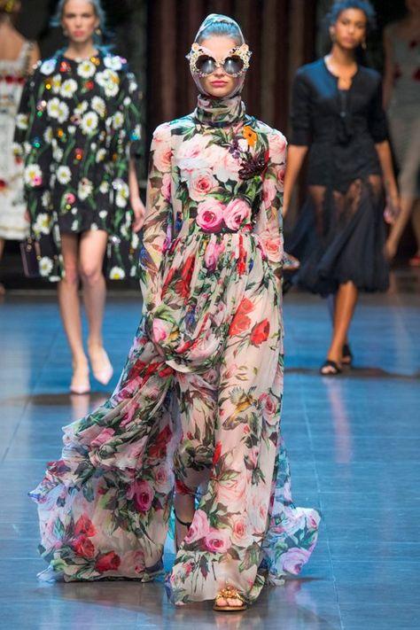 Dolce and Gabbana Spring/Summer 2016 Fashion Runway - Milan
