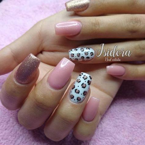 Uñas Acrilicas Con Esmaltado Permanente Y Diseño A Mano Alzada Chilenails Chile Chromenails Fashion Manicure Nailspa Nails In 2020 Nails Pins Beauty