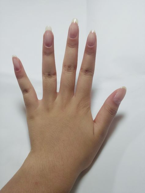 Wow, die is stunning!!!! Love natural nails, no acrylic/gel.