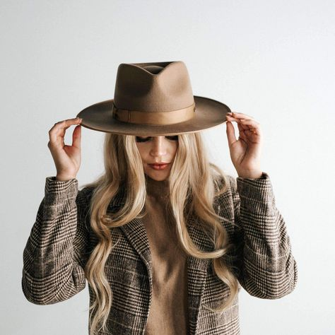 Women Jazz Cap Brimless Cap Cheap Fedora Hats Near Me Suede Fedora Hat – eeshoop Outfits With Hats, Fall Outfits, Cute Outfits, Trendy Outfits, Beautiful Outfits, Girly Outfits, Unique Outfits, Dandy, Womens Western Hats
