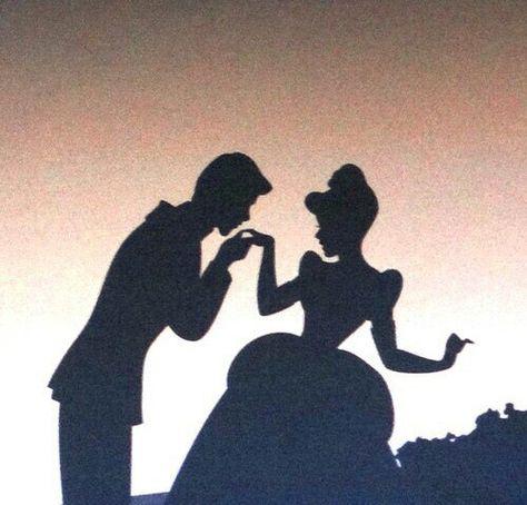 Cinderella hat von SASSY auf We Heart It hochgeladen - Disney Ideen