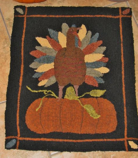 "PRIMITIVE PUNCH NEEDLE PATTERN ~ /""TOM THE TURKEY/"""