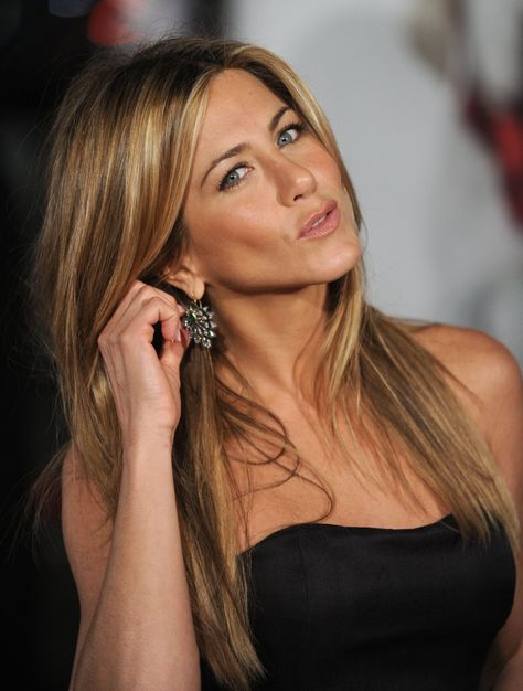 """Jennifer Aniston Actress   Producer   Soundtrack IMDbPrint KNOWN FOR  Friends (1994–2004)   Office Space (1999)   The Iron Giant (1999) AWARDS  Won 1 Golden Globe. Another 26 wins & 54 nominations More » AKA  Jennifer Aniston   BORN  Feb 11, 1969 (age 44) HEIGHT  5' 4¾"""" (1.64m)"""