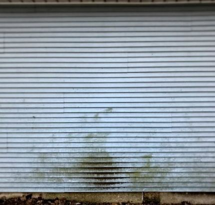 Easiest Way To Clean Vinyl Siding Cleaning Vinyl Siding Vinyl Siding Clean Siding
