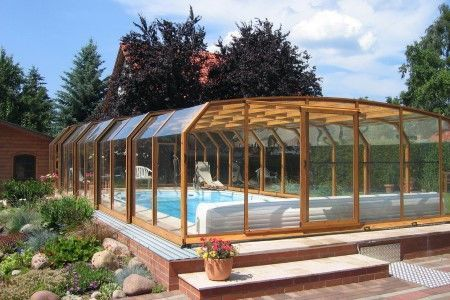 Fully Closed Retractable Swimming Pool Enclosure Oceanic High Swimming Pool Enclosures Pool Enclosures Garden Swimming Pool