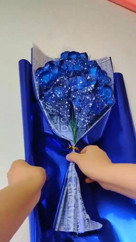 CREATIVE BLUE ROSES PAPER CRAFT