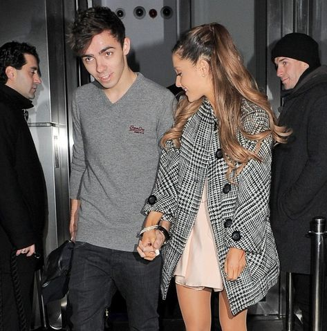 Chi è Nathan Sykes dating 2013
