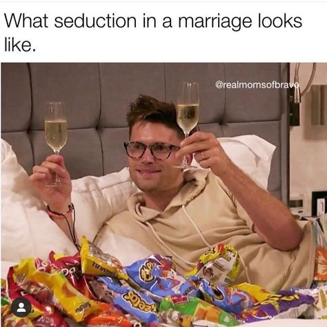 Marriages can be hard to navigate sometimes so here are some memes about the married life that are just a little bit too relatable. If these just aren't relatable enough for you, maybe try out these relationship memes. Marriage Humor, Marriage Goals, Relationship Memes, Relationships, Marriage Advice, Husband Wife Humor, Sarcasm Humor, Ecards Humor, Funny As Hell