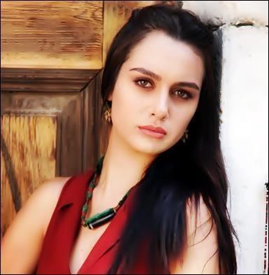 برجي أكلاي Turkish Beauty Beauty Turkish