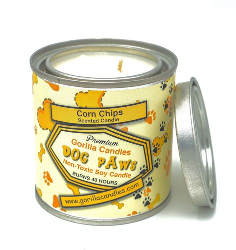 Some people say that dog paws smell like corn chips.