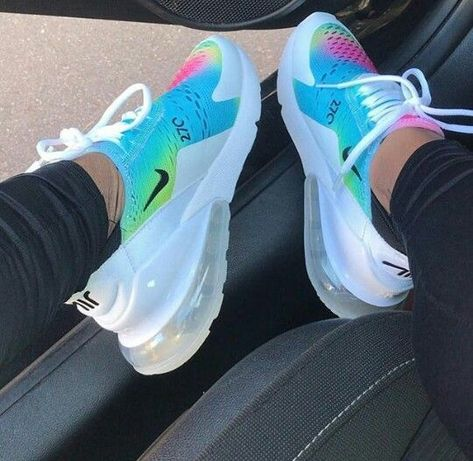 AIR MAX 270 (</p>                     </div>   <!--bof Product URL --> <!--eof Product URL --> <!--bof Quantity Discounts table --> <!--eof Quantity Discounts table --> </div>                        </dd> <dt class=