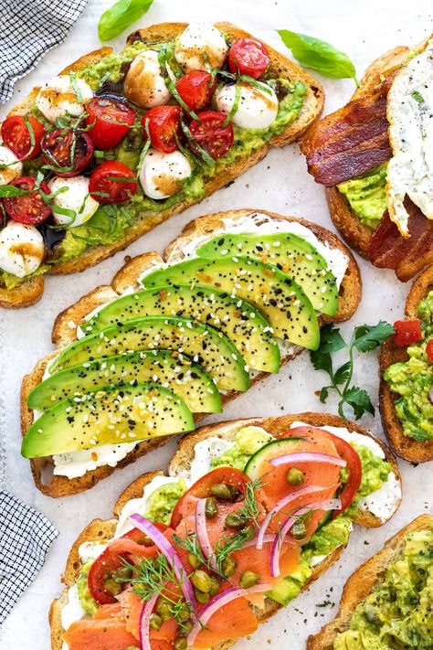 Craving for a fancy breakfast or brunch? Make avocado toast and choose from six flavorful recipes that are easy to customize. #avocadotoast #breakfast #brunch #avocado