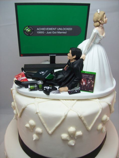** Hair Color changes are Free ** * Video Game & Game Console changes are also Free * Additional Couple Details are $10 each and available in the drop-down selection. Please add a note of changes when you order. Thank you! VIDEO GAME JUNKIE Wedding Cake Topper Grooms Cake This