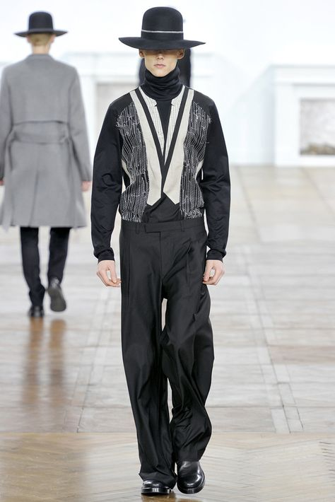 Dior Homme Fall 2011 Menswear - Collection - Gallery - Look 1 - Style.com