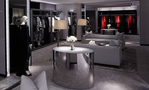 Tom Ford First Uk Flagship Store In London Sloane Street Retail Lighting Tom Ford Store Store Interior