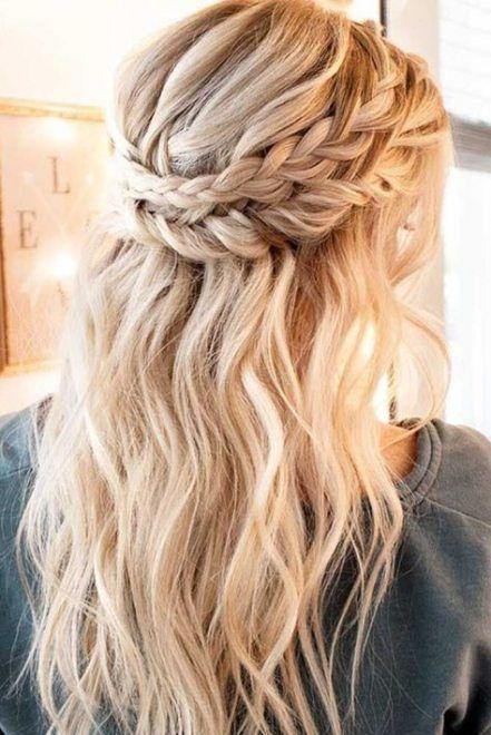43 Ideas Wedding Hairstyles Wavy Hair Half Up Half Down For 2019 In 2020 Medium Hair Styles Curly Hair Styles Naturally