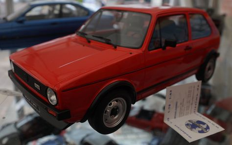 1 12 Scale Volkswagen Golf Gti By Otto Mobile Volkswagen Golf Volkswagen Cabriolets