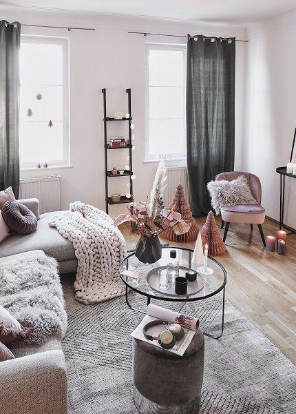 Light Grey Gemutliches Interior In Edlen Grautonen Wir Sehen Grau Denn Keine Andere Farbe Wirkt So Ele Wohnzimmer Modern Wohnzimmer Grau Wohnung Wohnzimmer