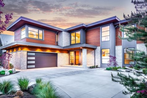 House Beautiful: Eco-friendly Oak Bay dream house