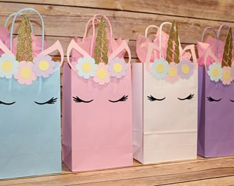 Magical Unicorn Dreams Pink Paper Party Loot Bags Goodies Favour Gift Bag