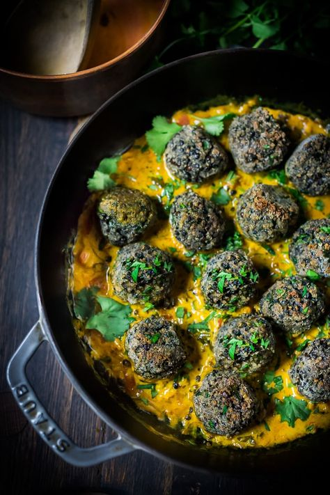 Vegan Lentil Meatballs with Indian Coconut Curry Sauce- a delicious healthy meal infused with fragrant Indian spices. Vegan and Gluten Free! #veganmeatballs #lentilmeatballs #vegan #indianmeatballs #veg