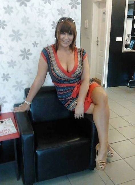 As long as you talk dirty to me MILF | Class | Sexy older