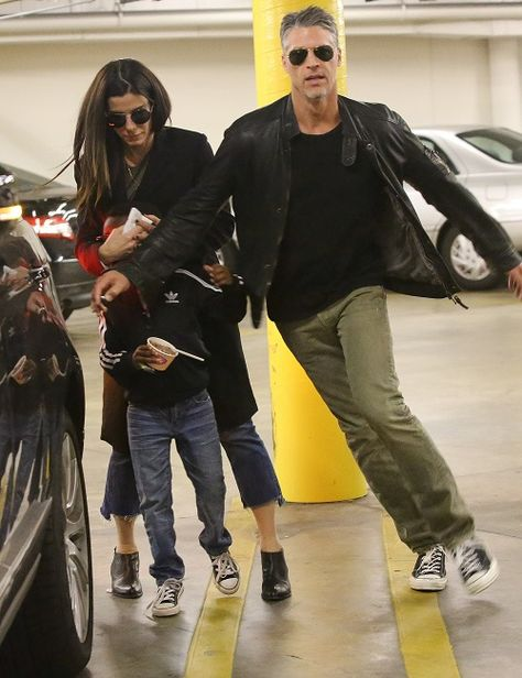 Sandra Bullock And Bryan Randall Romance Getting Serious: Father Figure To Sandra's Kids | Celeb Dirty Laundry