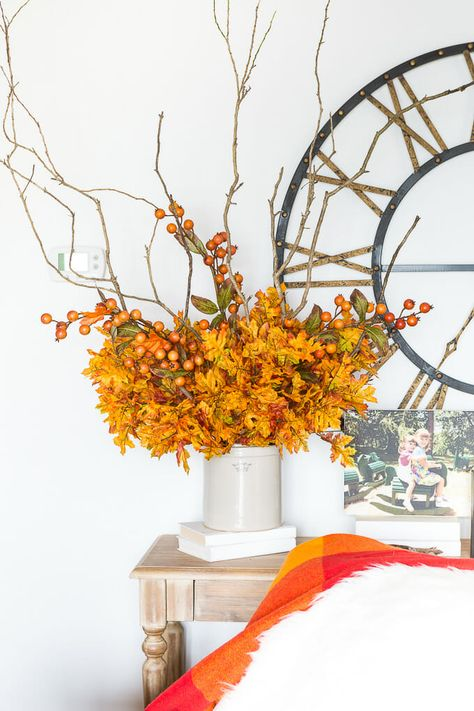 How to make fake flowers and branches look realistic using this simple technique. #fauxflowers #fakeflowers #artificialflowerstylingideas