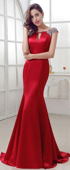 2020 Saten Elbise Modelleri Kirmizi Uzun Balik Kolsuz Omuzlari Islemeli Elbise Modelleri Elbise Aksamustu Giysileri