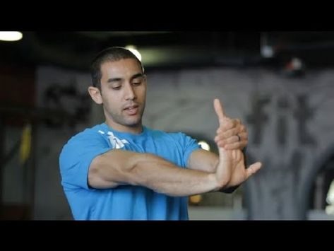 Elbow Stretching For Baseball Muscle Toning Strengthening Elbow Stretches Strengthening Exercises Exercise