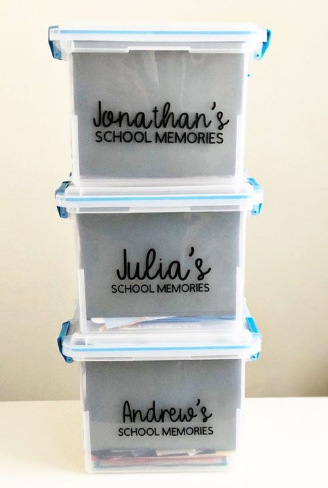 How to Organize School Papers Memorabilia 2019 How to organize school papers and memorabilia for each child from www.thirtyhandmad The post How to Organize School Papers Memorabilia 2019 appeared first on Paper ideas. Kids School Organization, Organization Skills, Home Organisation, Organizing School Papers, Organizing Labels, Organizing Paperwork, Organizing Life, Paper Clutter, School Memories